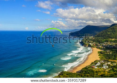 Paragliding Stanwell Tops / Bald Hill Lookout - Australia - stock photo