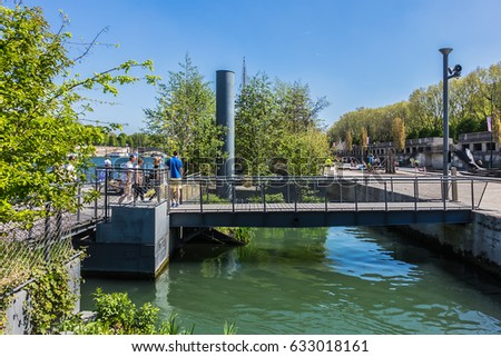 Ponte stock images royalty free images vectors for Jardin flottant