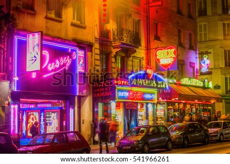 Pigalle erotic shows