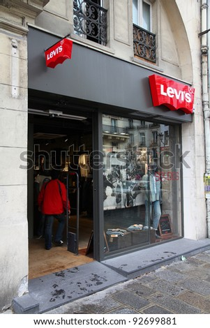 PARIS - JULY 20: Levi's store on July 20, 2011 in Paris, France. Levi Strauss Co is one of most recognized casual fashion brands worldwide. It exists since 1853 and had US$ 4.4 billion revenue (2010).