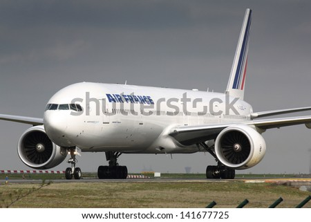 PARIS - MAY 29: Air France Boeing B777 taxis to take off on May 29, 2010 in Paris, France. Air France is rated top 10 biggest airlines in the world and top 3 biggest airlines in Europe - stock photo