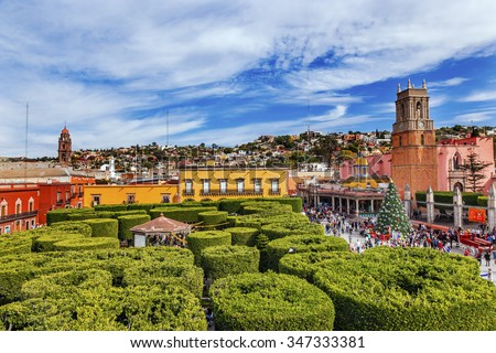 Parroquia Archangel church GreeN Jardin Town Square San Miguel de Allende, Mexico. Parroguia created in 1600s.   - stock photo