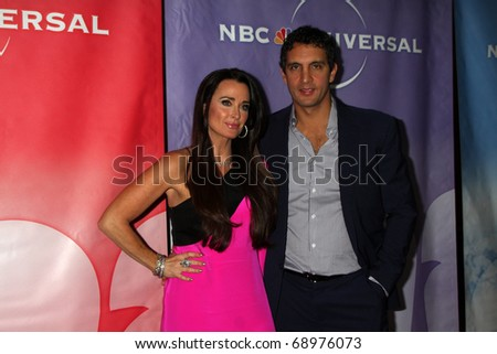 PASADENA, CA - JAN 13:  Kyle Richards arrives at the NBC TCA Winter 2011 Party at Langham Huntington Hotel on January 13, 2010 in Pasadena, CA
