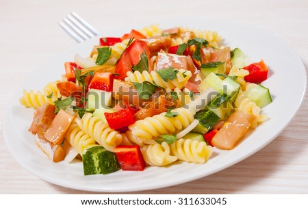 pasta salad with smoked salmon and vegetables