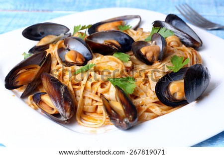 pasta with mussels seafood
