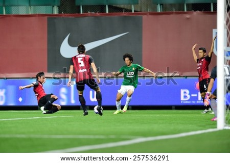 PATHUMTHANI,THAILAND-FEB 28:Tanasith Siripala(g) of BGFC in action during geam Thai premier League 2015 between Bangkok Glass FC and Muangthong UTD at LeoStadium on February 28, 2015 in Thailand - stock photo