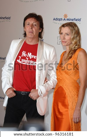 PAUL McCARTNEY & wife HEATHER MILLS McCARTNEY at the fifth annual Adopt-A-Minefield Gala in Beverly Hills. November 15, 2005  Beverly Hills, CA.  2005 Paul Smith / Featureflash