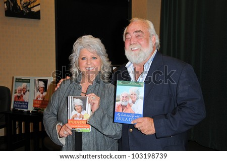 Paula Dean and Michael Groover at a personal appearance, Barens & Noble, Glendale, CA.  11-11-09 - stock photo
