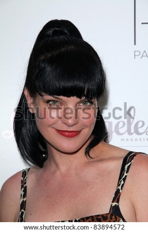 """Pauley Perrette at the 2nd Annual Patterns for Paws """"Pup-A-Razzi""""Benefiting the Amanda Foundation, Pacific Design Center, West Hollywood, CA. 08-24-11 - stock photo"""