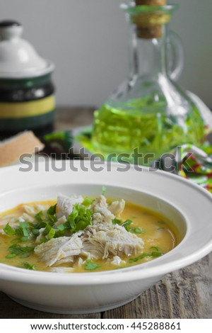 Pea soup with chicken and herbs