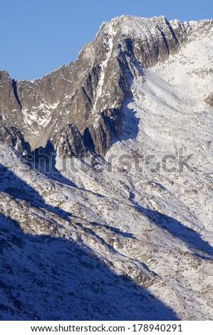 Peak in the Maladeta Massif, Posets Maladeta Natural Park, Huesca, Aragon, Pyrenees, Spain - stock photo