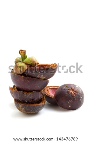 Peel of mangosteen is used to treat skin diseases