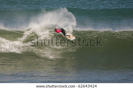 PENICHE, PORTUGAL - OCTOBER 09 : Sally Fitzgibbons (AUS) of Rip Curl Pro 2010  in quarter finals Octobe 7, 2010 in Peniche, Portugal