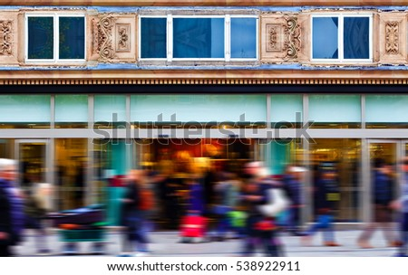 People out shopping on the High Street