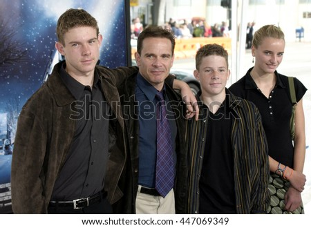 Peter Scolari at the Los Angeles premiere of 'The Polar Express' held at the Grauman's Chinese Theater in Hollywood, USA on November 7, 2004.