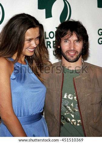 Petra Nemcova and James Blunt at the Global Green USA Pre-Oscar Celebration to Benefit Global Warming held at the Avalon in Hollywood, USA on February 21, 2007. - stock photo