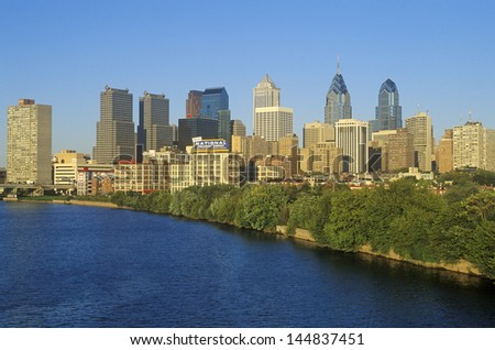 Philadelphia skyline from the Schuylkill River, PA