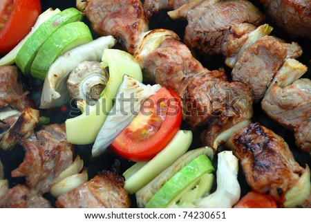 Photo barbecue meat and vegetables - stock photo