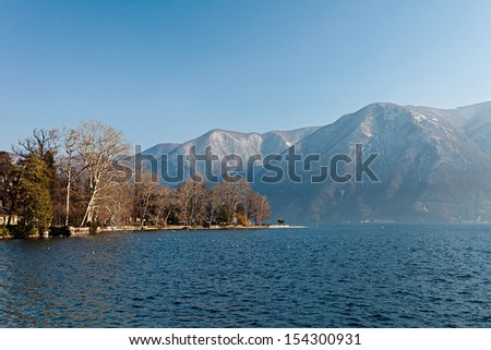 Photo of a beautiful sunny day at the lake, Lugano - Ticino - Switzerland