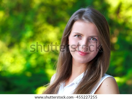 Photo of a gorgeous young lady with a beautiful smile