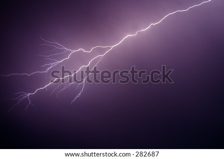 Photo of a lightning bolt.