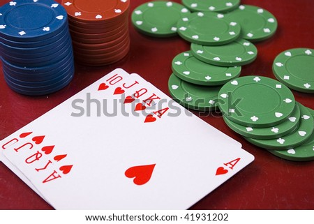 photo of the royal flush and casino chips