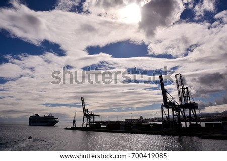 Photo Picture of Large harbor cranes  in Canary Islands