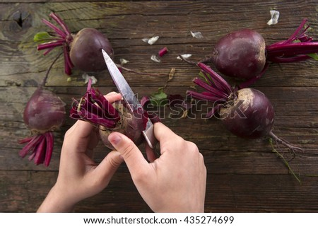 Photo slide show of the moment when you peel the beetroot - stock photo