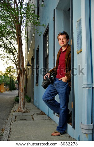photographer hanging out in charleston south carolina