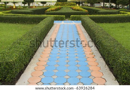 Photos concrete walkway in the park. - stock photo