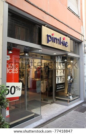 PIACENZA - OCTOBER 5: Pimkie fashion store on October 5, 2010 in Piacenza, Italy. Constantly progressing, Pimkie currently runs 753 stores in 26 countries.