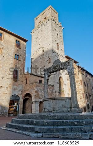 Piazza della Cisterna, San Gimignano, Tuscany - stock photo