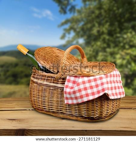Picnic Basket, Basket, Wine. - stock photo