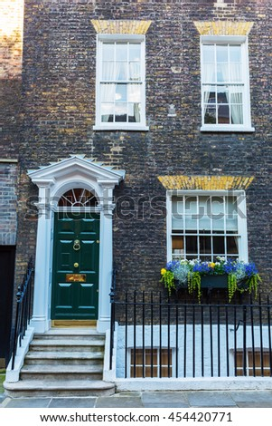 picture of a typical house in Westminster, London, UK
