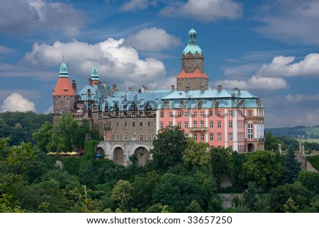 Picture of large castle in southern Poland