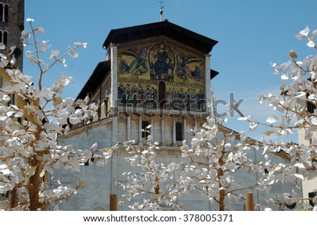 picture of the San Frediano Basilica in Lucca,Italy.