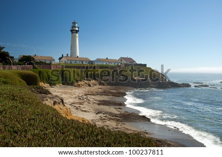 Pigeon Point Lighthouse at Pacific coast along Highway One in Northern California near San Francisco, USA, Pigeon Point Leuchtturm an der Pazifikk�¼ste am Highway 1 in Kalifornien - stock photo