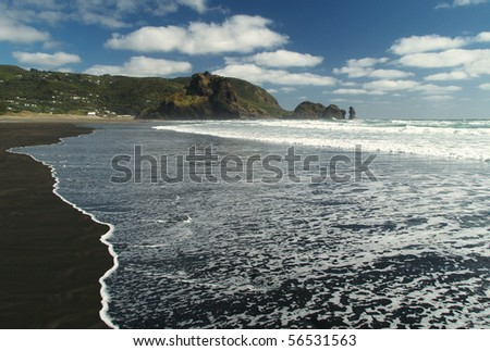 Piha beach, western shore of Auckland, New Zealand