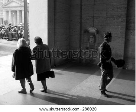 Pilgrimage queue in front of st. peter's square waiting to see the pope's corpse on 5 April 2005. - stock photo