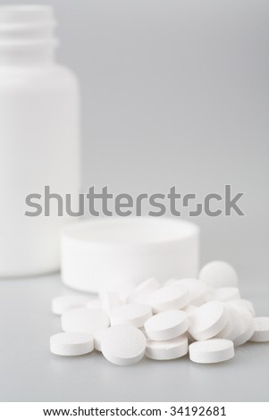 pill medicine pharmacy white drug tablets bottle
