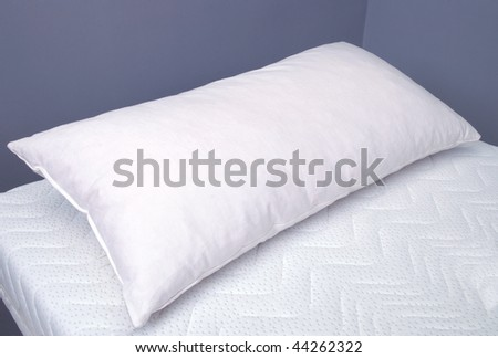 pillow on mattress