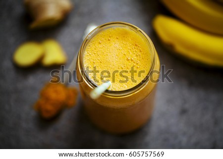 Pineapple, carrot and banana smoothie with ginger and turmeric