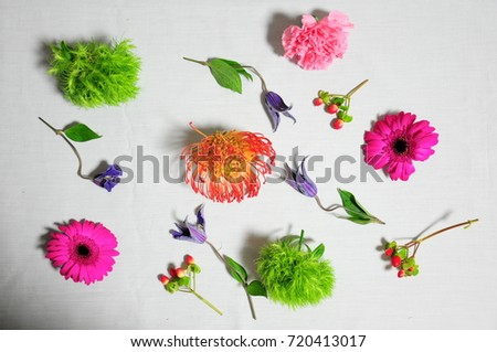 https://thumb7.shutterstock.com/display_pic_with_logo/167494286/720413017/stock-photo-pink-flowers-bouquet-720413017.jpg