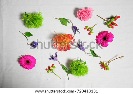 https://thumb7.shutterstock.com/display_pic_with_logo/167494286/720413131/stock-photo-pink-flowers-bouquet-720413131.jpg