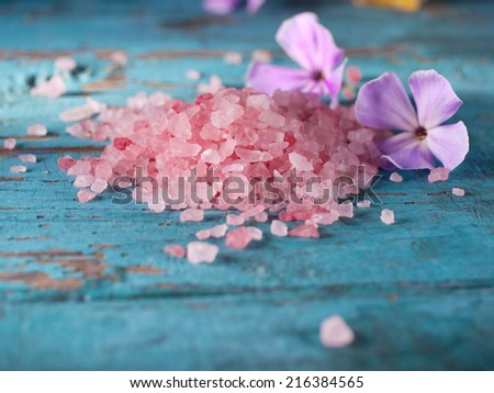 Pink salt for aromatherapy. - stock photo