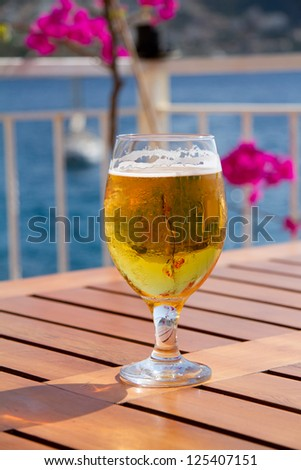 Pint of beer - stock photo