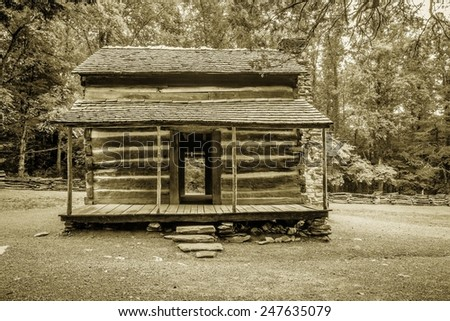 Pioneer Cabin. Settlers cabin on display in America's Great Smoky Mountain National Park. Gatlinburg, Tennessee. - stock photo