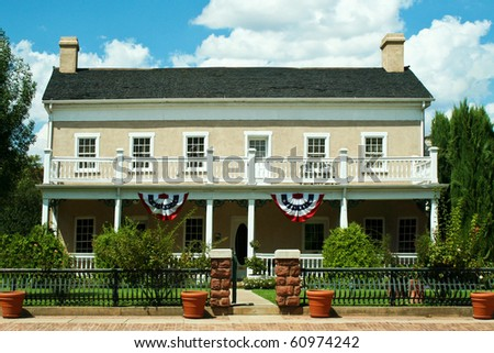 Pioneer colonial house - stock photo