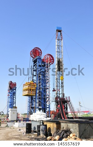 Pipelines and oil pump, oil field equipment in China