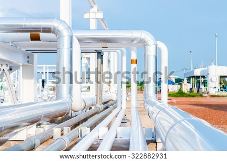 Piping Upstream Process oil and gas - stock photo